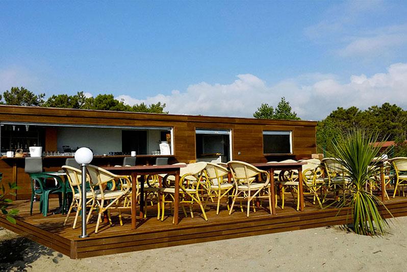 Restaurants de plage d montable construction modulaire modul art space - Construction d une paillote ...